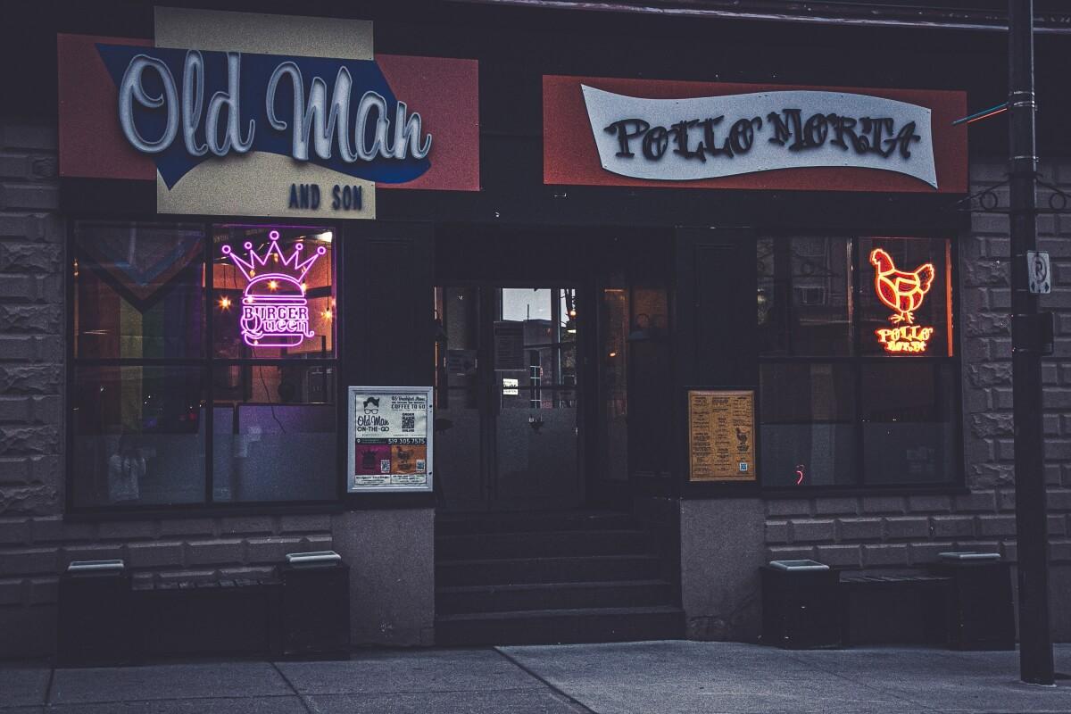 Custom Neon Signs for Restaurants